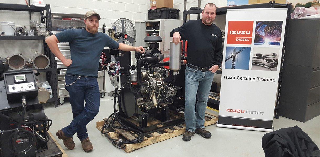 Técnicos certificados de nivel 4 listos para la reparación de su motor de gas o diesel
